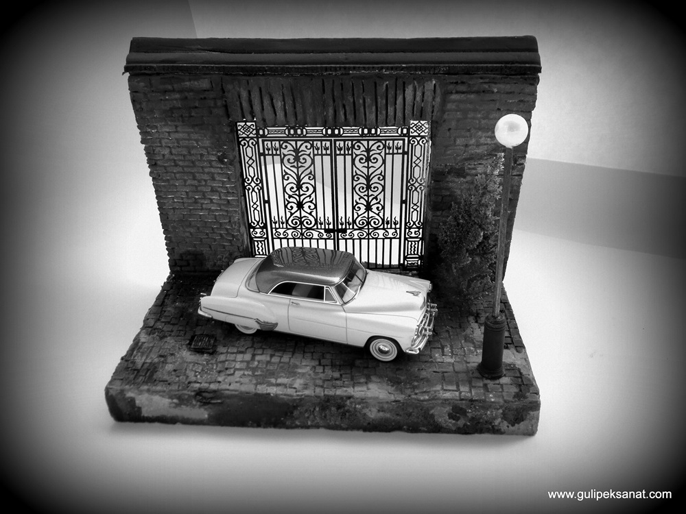 Chevrolet_coupe_diorama_handmade_garage_old (7)