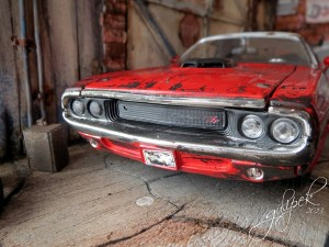Diorama / Old 1970 Dodge