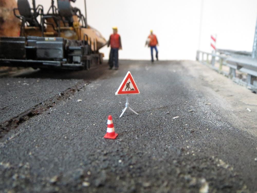cat_asfalt_diorama (11)