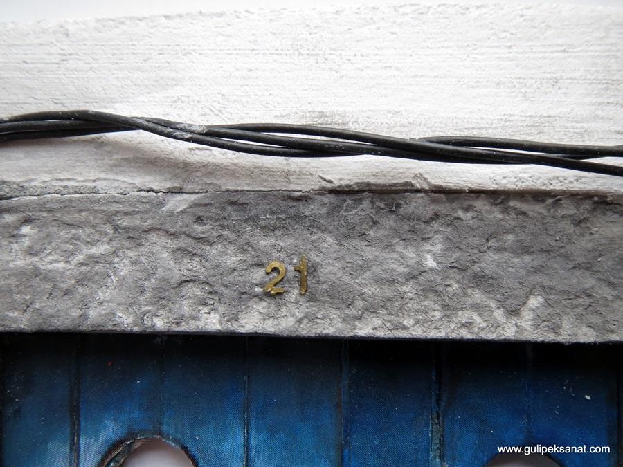 doors_blue_gulipeksanat_paper art_miniatures (21)