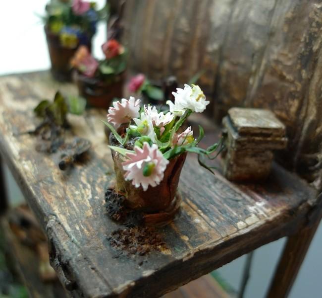 Flowers Miniature Diorama GARDEN ,Dollhouse