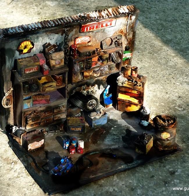 Car Garage Miniature Diorama